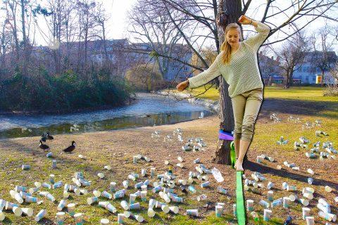 to-go-Becher-Müll im Herrngarten