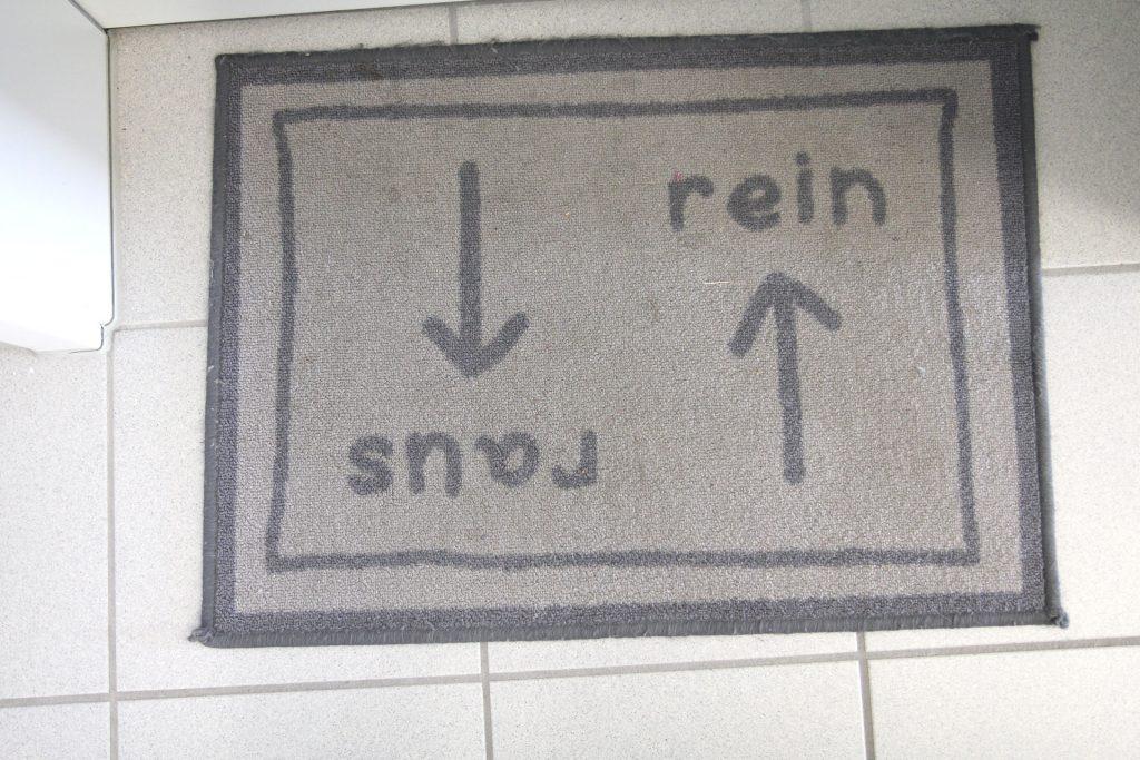 Wohnheim LAB, Berliner Allee, Beispiel Fussmatte