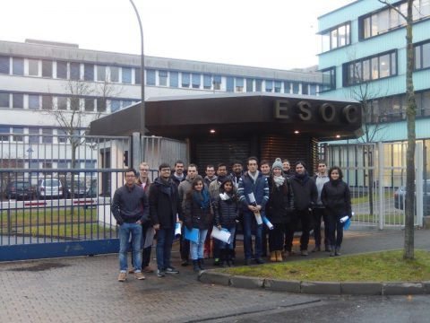 Gruppenbild ITT bei ESOC